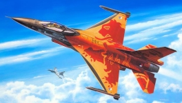 Самолет F-16 Mlu Solo Display Klu 1:72 03980